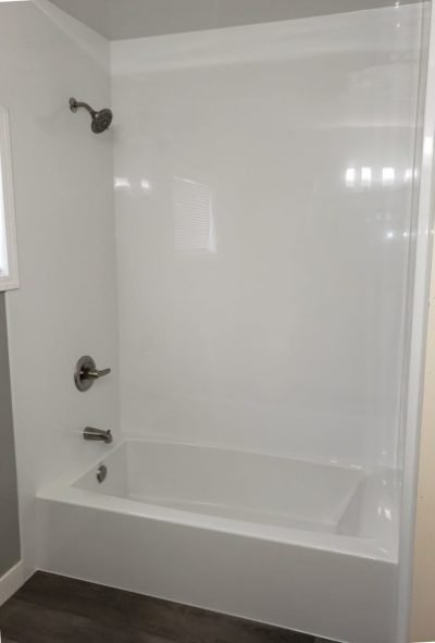 New Acrylic tub with smooth white wall surround after Molalla OR